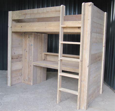 stapelbed met bureau hoogslaper bureau kast combinatie van gebruikt steigerhout