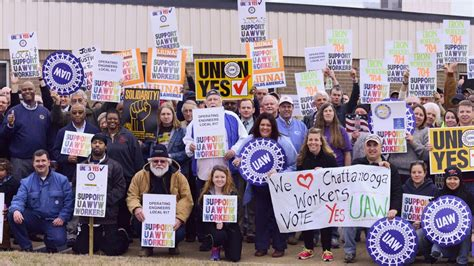 Volkswagen Uaw by Uaw Applauds Nlrb Decision Urges Volkswagen To Respect