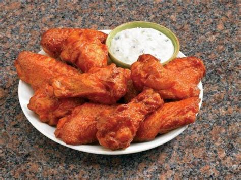 domino pizza wings domino s pan pizza picture of domino s pizza penticton