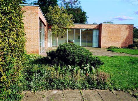 Mies Der Rohe Haus by Haus Lemke