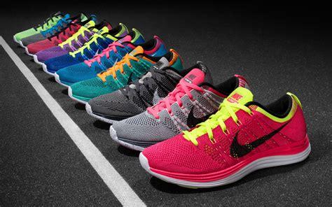 sport shoes wallpaper nike running shoes wallpaper