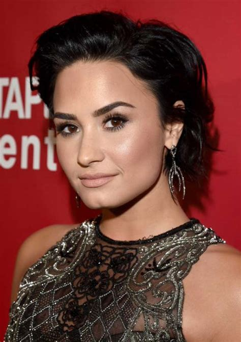 demi hairstyles top 32 demi lovato s hairstyles haircut ideas for you to try