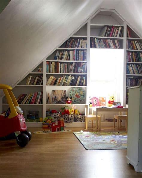 Kinderzimmer Dachgeschoss Gestalten by Die Besten 17 Ideen Zu Regal Dachschr 228 Ge Auf