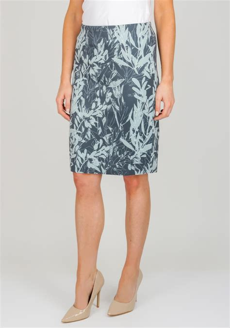 Biru Wash Pensil Nj taifun leaf print jersey pencil skirt green mcelhinneys