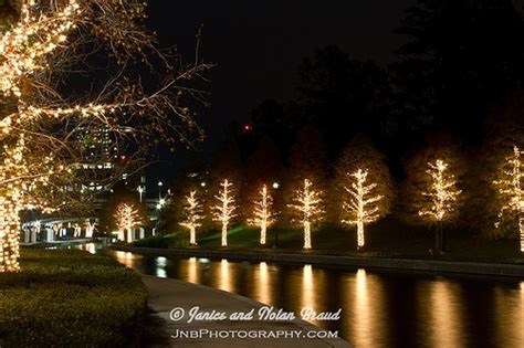 the woodlands christmas lights christmas lights in the woodlands texas pinterest