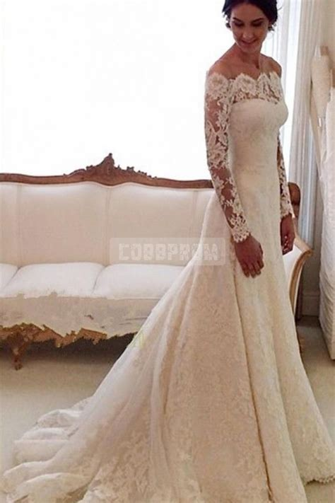 25 best ideas about autumn wedding dresses on autumn wedding themes white autumn