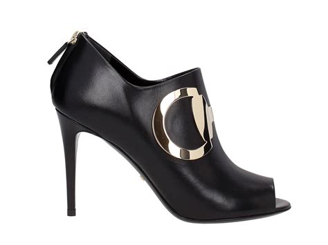 gucci high heels ankle boots in black genuine leather with