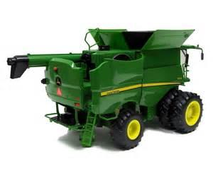 Download ertl john deere s670 combine big farm series 1 16 46070