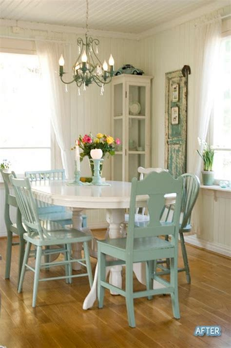 Painted Esszimmertisch by White Table And Mis Matched Chairs All Painted The Same