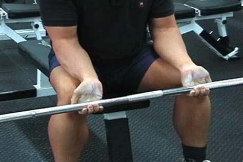 forearm bench this guys hands are incredibly strong