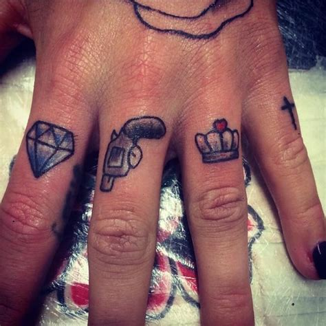 finger tattoo uk 14 popular tattoos in st helens merseyside s tattoo