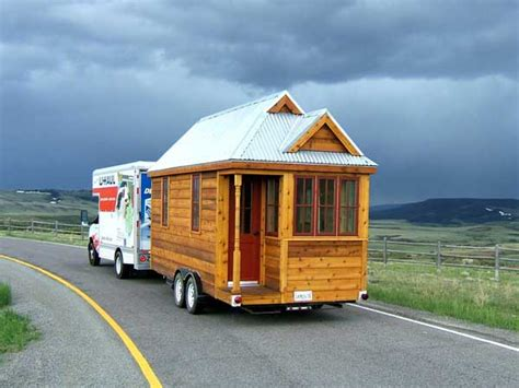 Cozy Tiny House On Wheels Home Design Garden Fencl Tiny House
