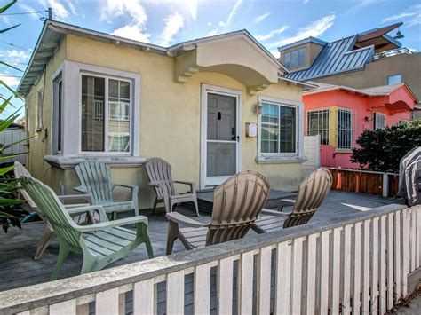 Mission Cottage Rentals by This Quaint Cottage Is A Homeaway