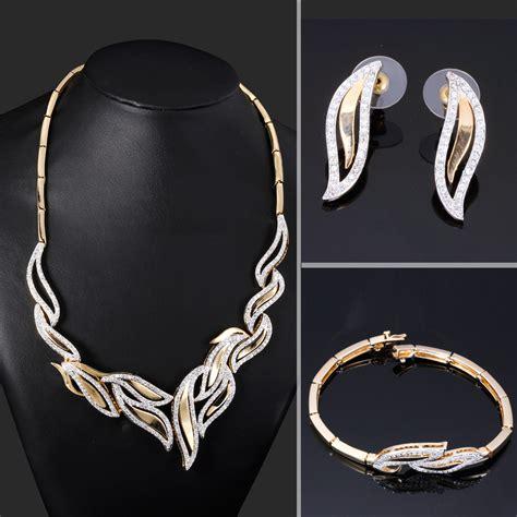 Romantic Leaf Design Bridal Wedding Jewelry Set of 3piece Necklace Earrings Bracelet Cubic