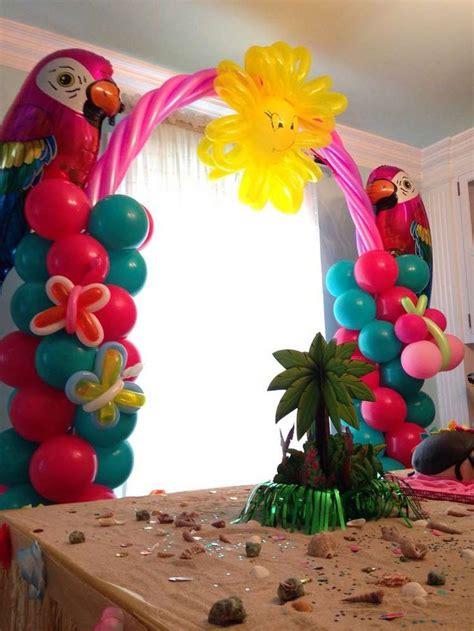 Hawaiian Balloon Decorations by 17 Images About Luau On Hawaiian Grass Skirt