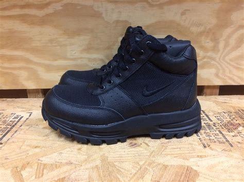 acg boots nike go away acg boots black scuff proof gs sz 4 7