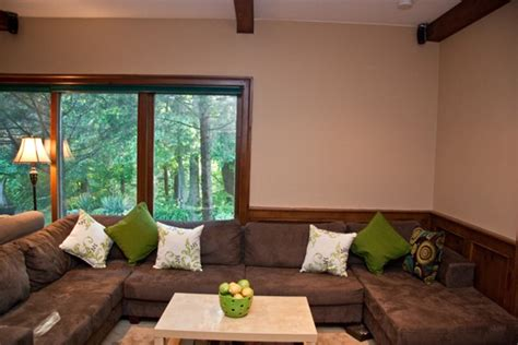 lime green and brown living room it s all about the accent oh she glows