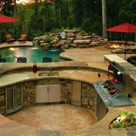 amazing backyards amazing small backyard oasis