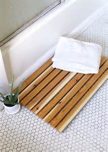 Cedar Bathroom Floor Mats 7 Bath Mat Ideas To Make Your Bathroom Feel More Like A Spa