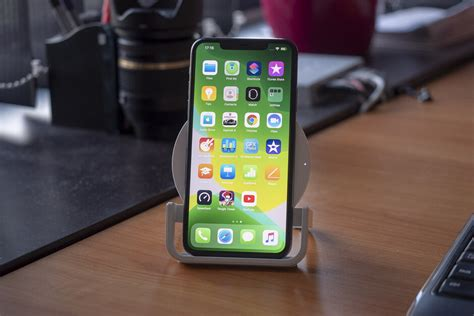 iphone  pro max wireless charging tested dont