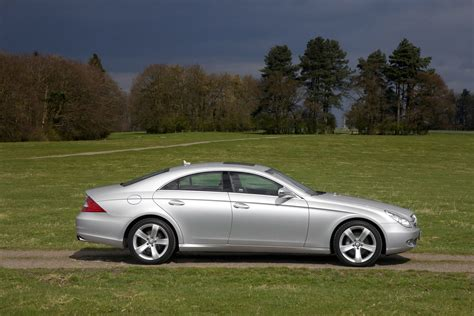 mercedes cls accessories mercedes cls coupe 2005 2010 features equipment