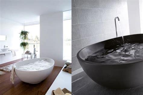 baignoire design en forme d oeuf