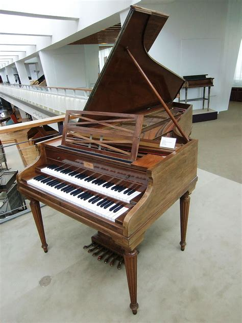 the eighteenth century fortepiano grand and its patrons from scarlatti to beethoven books contemporary harpsichord
