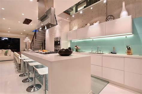 Blue Glass Kitchen Backsplash by Kitchen Backsplash Ideas A Splattering Of The Most