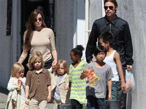 Brads Barn Brad Pitt Y Angelina Jolie Apoyan A Su Hija Que Se Siente