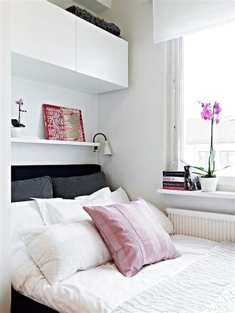 Bedroom Designs Small Spaces 22 Small Bedroom Designs Home Staging Tips To Maximize Small Spaces