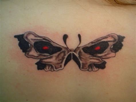butterfly skull tattoo skull butterfly tattoos