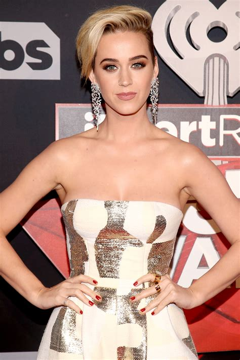 iHeartRadio Music Awards 2017: Katy Perry Talks Haircut