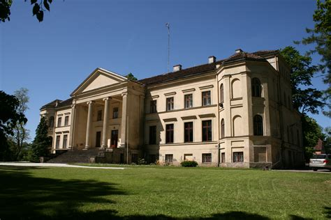 file ivande manor house 1 jpg wikimedia commons