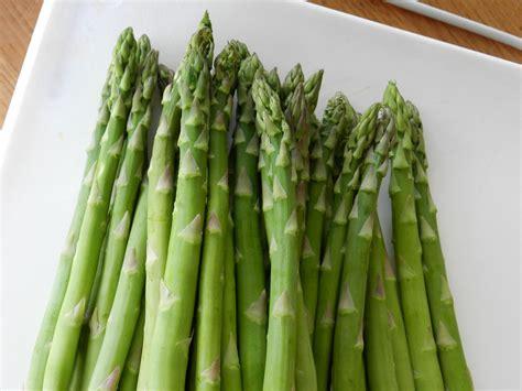 imagenes de esparragos verdes garden2table asparagus varieties for the home gardener