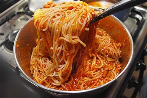 how to make a quick italian spaghetti 9 steps with pictures