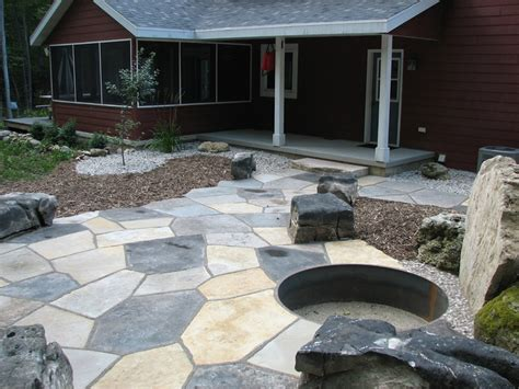 Flagstone Patio With Firepit Flagstone Patio With Pit And Seats Egg Harbor Wisconsin Backyard Ideas