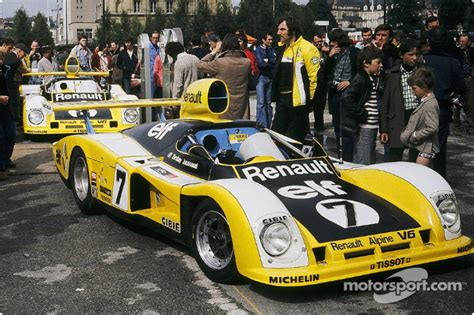 7 renault sport renault alpine a442 at 24 hours of le mans