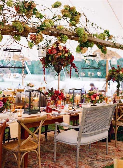 centros de mesa colgantes  bodas  luces cintas