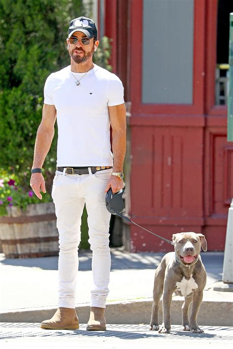 justin theroux dog justin theroux steps out with his new love kuma the