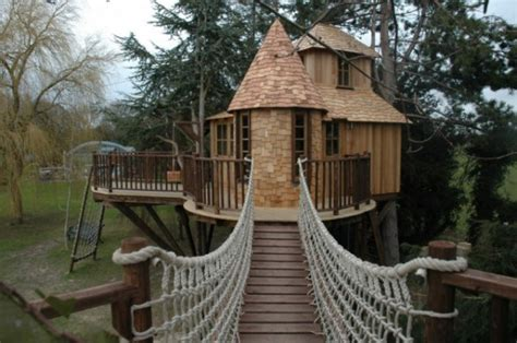 tree house designers 20 amazing treehouse designs