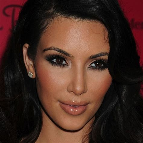 kim kardashian smokey eyes part 3 apllying eyeshadow simply deeptima beauty and lifestyle blog 30 days eye
