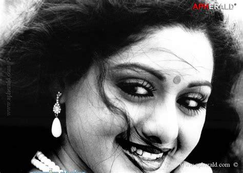 hindi film actress age sridevi young photos