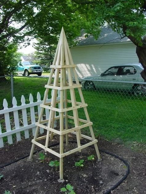 diy trellis plans diy bridge crane diy garden pyramid trellis