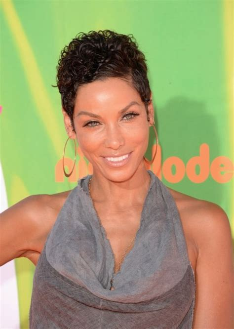nicole mitchell short curly casual hairstyle 441 best nicole murphy gallery images on pinterest
