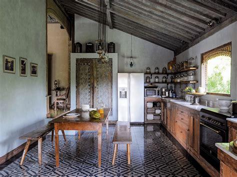 Indonesian Kitchen Design | indonesian kitchen design saveur