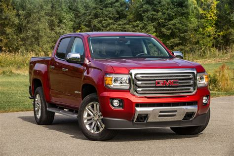 2017 gmc safety review and crash test ratings the