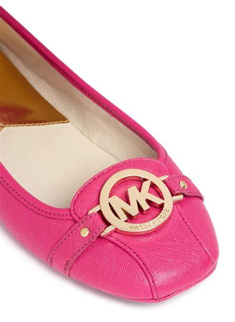 michael kors light pink shoes lyst michael kors fulton logo saffiano leather flats