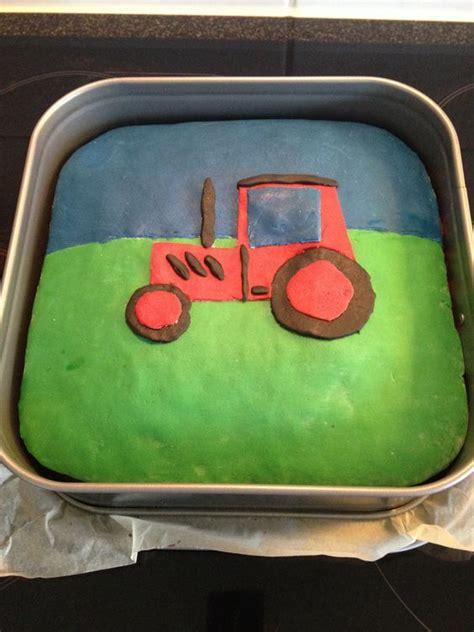 kuchen für 1 geburtstag geburtstags kuchen mit traktor motiv kindergeburtstag