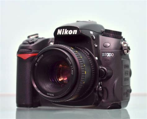 Kamera Nikon Dslr Lensa jual kamera dslr nikon d7000 lensa fix 50mm f1 8 jual