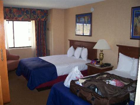 rooms in laughlin harrah s room in laughlin picture of harrah s laughlin laughlin tripadvisor